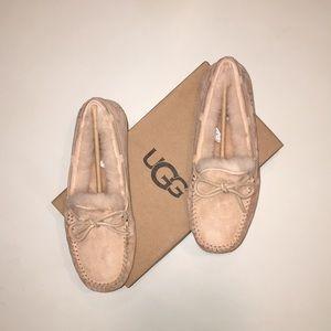 UGG - Dakota Moccasin Slipper - Pink Crystal - 8